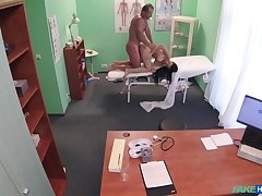 Energized babe fucked by along to doctor and taped in secret