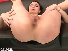 La France A Poil - X Small Titted Brunette Gets The brush