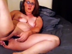 Milf squirts on purfle