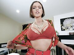 Dirty talking solo of super hot and voluptuous milf with tyrannical body