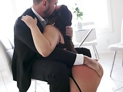 Inked PAWG Ivy Lebelle needs her lover's dick like she needs a fresh tune