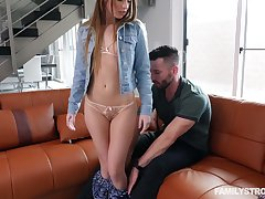 Wonderful girlfriend Summer Brooks is impatient to get her tight pussy stretched