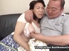 Japanese Stepmom Caught Fap At the end of one's tether Not Stepson