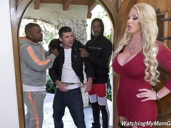 Giant bottomed white MILF Alura Jenson is hammered doggy by black hunk